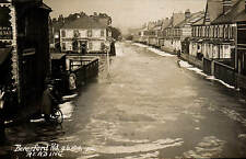 Reading. Beresford Road 9.6.1910 by JAL. Flood.