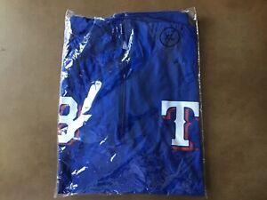 "Texas Rangers SGA '21 Chris Woodward ""Woodie Hoodie"" Lightweight Hooded Shirt XL"