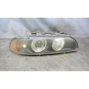 Damaged 2001-2003 BMW E39 5-Series Late Right Front Halogen Headlight Lamp White