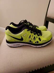 Nike Dual Fusion Run 2 - Size 7Y Boys Sneakers
