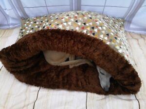Brown Triangle Design / Cuddle Fleece Snuggle Wrap Cave Dog Beds