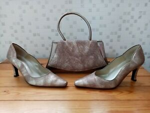 Orlando Gold Leather Patterned Shoes  Size 4  37 with Matching Handbag