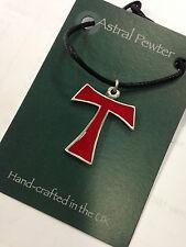 Colgante Tau Símbolo Tao Chino Rojo Collar T carta mano hecha a mano Reino Unido Acabado Nuevo
