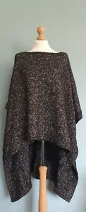 Zara Knit Italian Yarn Black And White Poncho Size M