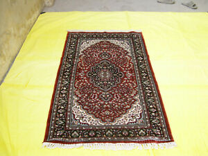Silk Carpet Medallion Design Museum Quality Yoga 3'x5' Red Oriental Area Rug