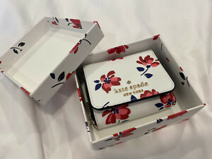 Kate Spade Boxed Small Trifold Continental Staci Tea Garden Floral Wallet