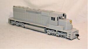 ATHEARN UNDECORATED RTR SD-40  (UNFINISHED SP PROJECT)