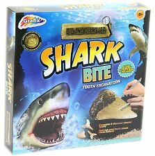 CHILDRENS DIG & DISCOVER SHARK BITE TOOTH EXCAVATION PLAY TOY SET R03-0048