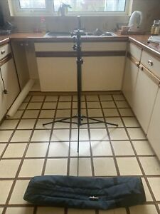 Photographic Studio Light Stand With Bag Theatre