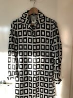 Authentic! Versace Coat/ Jacket , As New, Sz M, RRP $1245
