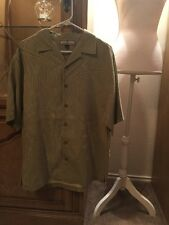 Tommy Bahama Button Up Relax Size Medium Men's Vacation Wear