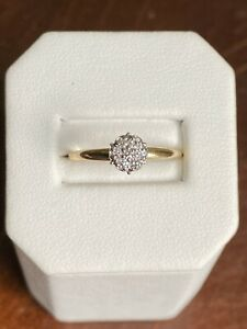 14K Yellow Gold Brilliant Round Cut Diamond Cluster Engagement Ring - Sz 6.25