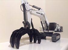 1:50 Liehberr R9100 White Mining Excavator With Rock Grapple. Diecast metal
