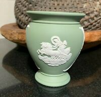 "Wedgwood Jasperware Sage Green 4"" Ovid Footed Vase 1973 England - Excellent"