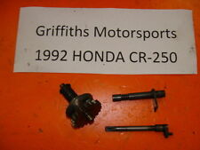 92 93 93  HONDA CR250R CR250 GOVERNOR ARM SHAFT GEAR CLUTCH POWERVALVE ACTUATOR