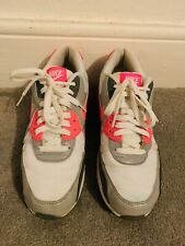 Nike air max white trainers size 8 used 💙💙