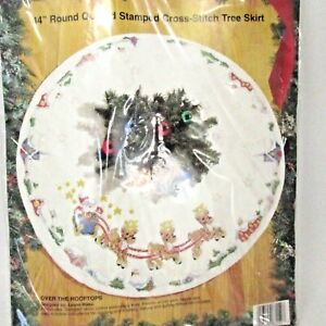 """Vintage Bucilla 44"""" Round  Stamped Cross Stitch Tree Skirt Over The Rooftops"""