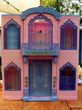 2001 Barbie Grand Hotel w/Furniture Electronically Interactive w/3 Disney Barbie