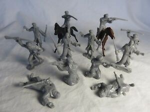 New remade/converted Marx Arabs, 6 new poses in gray plus 2 horses