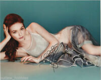 Eleanor Tomlinson Sexy Autographed Signed 8x10 Photo COA #1