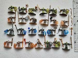 Plasma dragons Battle Realm Mega blocks. 25 figurillas más armas y escudos.