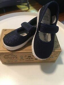 New Cienta Kids Shoes 56013 Size 22(US 6 Toddler)