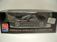 AMT ERTL 8408 CORVETTE STING RAY III CONCEPT CAR MODEL BUILT UP NEW L55