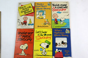VTG Lot of 6 - Charlie Brown & Snoopy Peanuts Paperback Books Comics