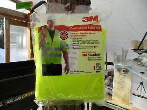 3M 94900 Class 3 Hi-Viz Reflective Construction Safety Vest One Size Fits Most