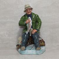 Royal Doulton Figurine HN 2258 no box A Good Catch