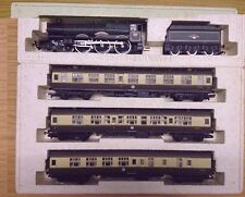 Hornby R2077 The Merchant Venturer Limited Edition Train Pack - King Class Loco