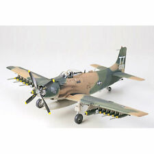 Tamiya 61073 A-1j Skyraider U. S. Air Force 1:48 Avión Model Kit