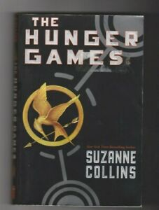 THE HUNGER GAMES by SUZANNE COLLINS 2008 PAPERBACK