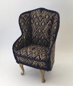 Dolls House Armchair (a)
