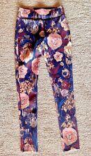 Abercrombie & Fitch Juniors Activewear Pants, XS, dark floral print, ankle zip