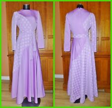 Vtg 70s Lavender Lace Jersey Knit Boho Evening Party Maxi belted Flared DRESS