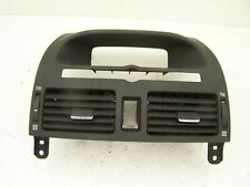 Toyota Avensis Centre dash air vents (2003-2005)