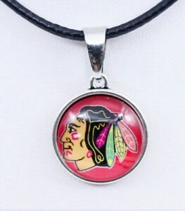 Chicago Blackhawks hockey NHL Glass Dome Chain Pendant Necklace black silver NEW
