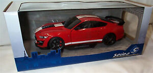 Ford Shelby GT500 Fast Track Red Solido 1-18 scale Diecast model new in box