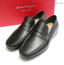 *NEW* Salvatore Ferragamo Men's Black Italian Driving Shoe Moccasins Size 8