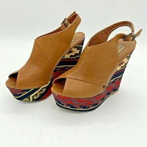 Steve Madden Woman's Wedge Platform Shoes Tan Leather Aztec Pattern Heel Size 8