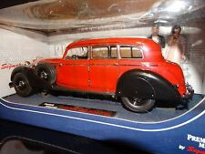 Signature 1938 Mercedes-Benz 770K w/ Bride & Groom 1:18 Scale Diecast Model Car
