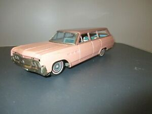 Vintage Tin Friction Buick Estate Wagon Made In Japan By Bandai