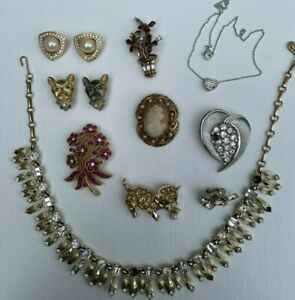 9 Dior, Crown Trifari, Coro, Florenza Cameo, Cat Pin Swarovski Earrings Necklace