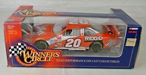 Hasbro Winners Circle #56368 Tony Stewart Pontiac NASCAR Racer 1:24 Scale M/Box
