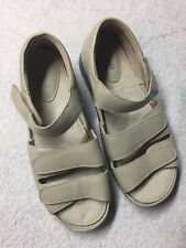 Propet Women's Ivory Leather Cross Strap Sandals Shoes Size Sz 10.5 Wide