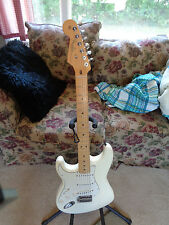 LEFT HANDED 50TH ANNIVERSARY STRATOCASTER GUITAR