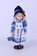 Porzellanpuppe mit blauem Hut + Ständer  45 cm