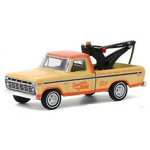 Greenlight Die Cast 1973 Ford F100 Drop In Tow Truck Limited Edition
