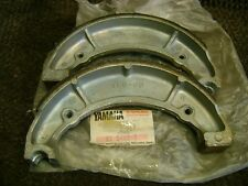 YAMAHA NOS OEM REAR BRAKE SHOES 4L0-W2536-00-00 R3 R5 DS6 DS7 RD350 XS650 RD250